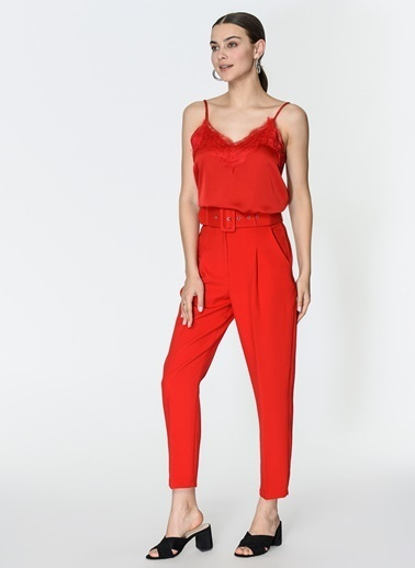 Loves You Dantelli Askılı Bluz Kırmızı